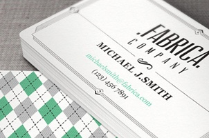 Premium and free business cards templates pixeden retro business card template reheart Image collections